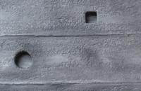steinwand-beton-holz-nahaufnahme-3