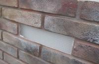 brick-london-detail-fassadenausschnitt-fuer-die-montage-mit-nagelduebeln