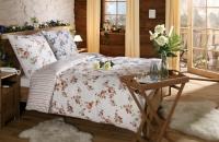steinwand-florina-im-schlafzimmer-2