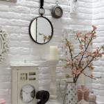 Badezimmer  neu  mit einer  Ziegelwand - edel und  sehr  hell